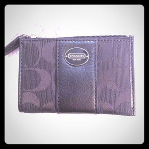 Small coach wallet/keychain